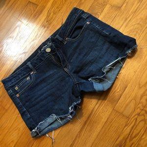 Cut off shorts - dark wash